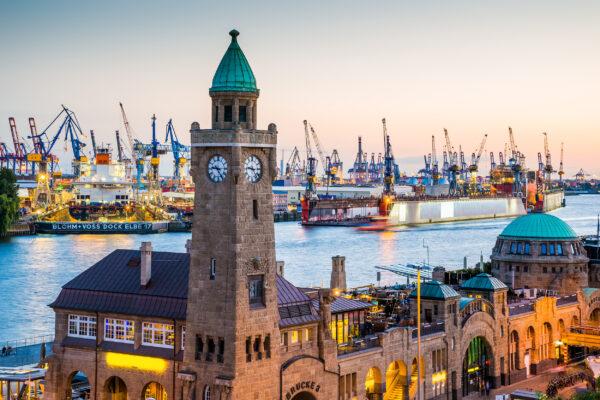Hamburg Hafen Abendlicht