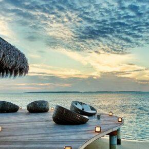 Luxusvilla auf den Malediven: 8 Tage mit Halbpension, Flug, Transfer & vielen Extras für 2.514€