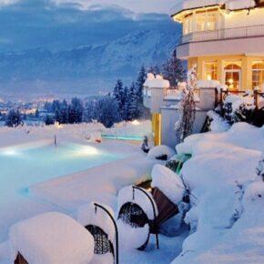 Schloss Panorama Royal Schnee