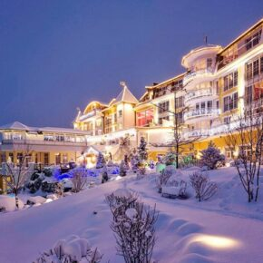 Märchenhaft: 3 Tage im TOP 4* Schloss in Tirol mit Verwöhnpension & Wellness ab 229€