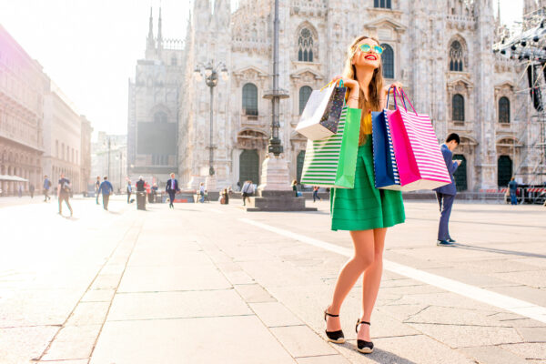 Italien Mailand Frau Shopping