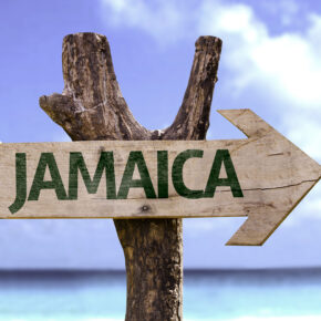 Karibik: 15 Tage Jamaika im Baumhaus inkl. Frühstück & Flug nur 483€