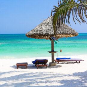 Lastminute nach Kenia: 9 Tage mit eigenem Ferienhaus & Flug nur 419€