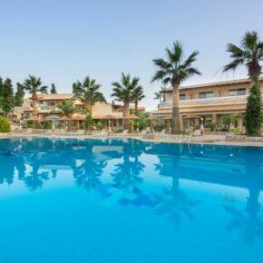 Kouros Palace Pool2