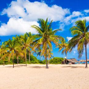 Single Kuba: 7 Tage im 4* Hotel mit All Inclusive, Flug, Transfer & Zug nur 563€