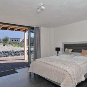 Punt West Hotel Beachresort Villa Schlafzimmer