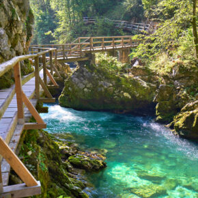 Schön, schöner, Slowenien: 3 Tage nahe Vintgar Klamm mit TOP Apartment & Flug nur 74€