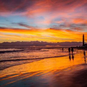 Ab an den Strand: 7 Tage im guten Hotel auf Gran Canaria mit Flug, Transfer & Zug nur 290€