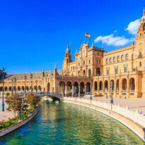 Spanien Kurztrip: 4 Tage übers Wochenende in Sevilla mit zentralem Hotel & Flug nur 95€
