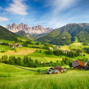Nachhaltige Auszeit in Südtirol: 4 Tage im TOP 4* Biohotel mit Halbpension & Wellness für 134€