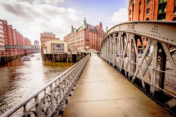 Hamburg Brücke zur Speicherstadt