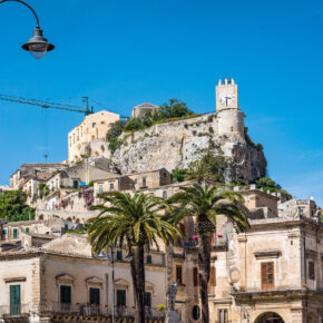 Sizilien: 8 Tage im Ferienhaus mit Meerblick inkl. Flug für 74€