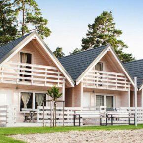 Kurzurlaub an der polnischen Ostsee: 3 Tage am Wochenende in 3.5* Luxus-Holzhütte für 35€ p.P.