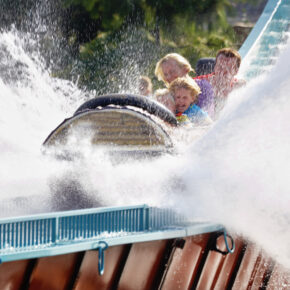 Familienausflug: 3 Tage im AWARD Freizeitpark Slagharen mit Übernachtung ab 69€