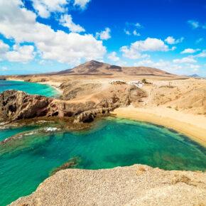 Familienurlaub auf Lanzarote: 7 Tage im 4* Hotel mit All Inclusive, Flug, Transfer & Zug nur 268€