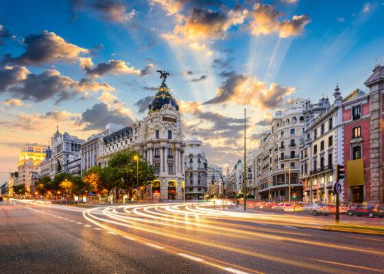 Spanien Madrid Calle de Alcala Gran Via