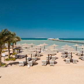Abgefahren: 7 Tage Luxus in Hurghada im TOP 5* Resort mit All Inclusive, Flug, Transfer & Zug nur 423€
