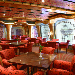 Costa Magica Lounge