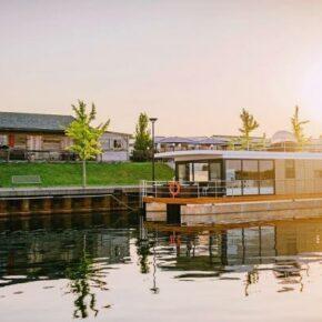 Floating Houses: 4 Tage im privaten Hausboot am Goitzschesee nur 102€