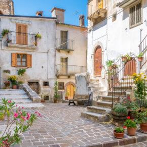 Sommer in Italien: 8 Tage Abruzzen mit Apartment in Strandnähe & Flug nur 92€