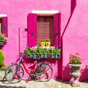 Italien: 3 Tage auf der bunten Insel Burano mit TOP Unterkunft & Flug nur 94€