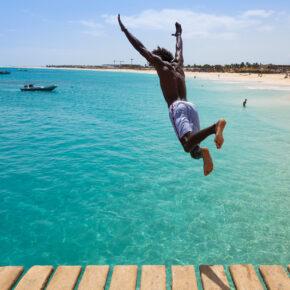 Lastminute Kap Verde: 13 Tage Insel Sal inkl. guter Unterkunft mit Meerblick & Flug nur 350€