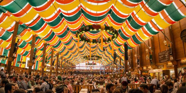 München Oktoberfest Bierzelt