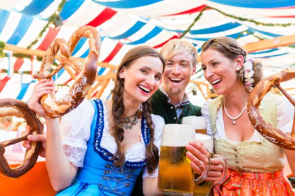 München Oktoberfest Freunde