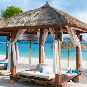 Karibik-Luxus: 10 Tage im TOP 5* AWARD Resort mit Meerblick, All Inclusive, Flug, Transfer & Zug für 2.815€