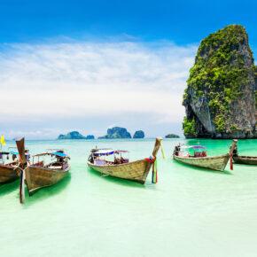 Hauptreisezeit Thailand: 15 Tage Phuket im 4* Hotel inkl. Flug für 555€
