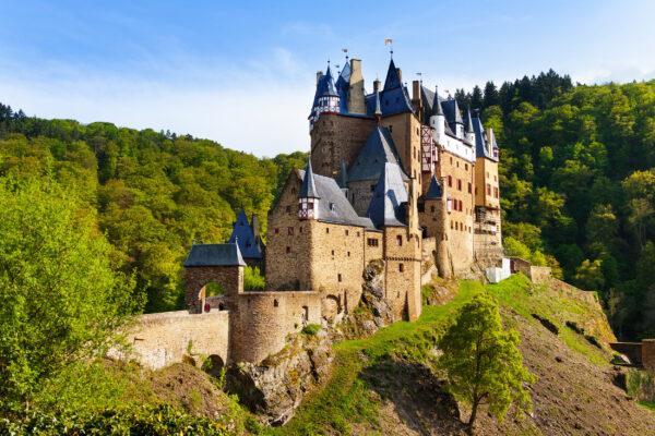 Wierschem Burg Eltz Ansicht