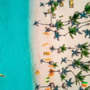 Knaller: 7 Tage Dom Rep im TOP 5* AWARD Hotel mit All Inclusive, Flug & Zug für 672€