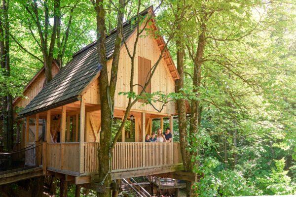 Garden Village Baumhaus