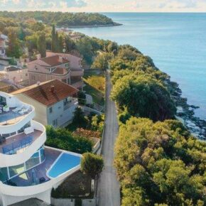 High Tech Villa Kroatien Weit