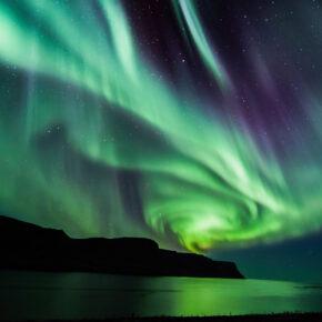 Island: 4 Tage mit gutem 4* Hotel, Flug, Nordlichtertour & Golden Circle Tour nur 605€