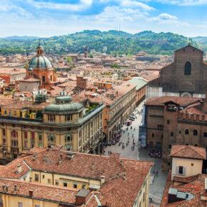 Wochenende in Italien: 3 Tage Bologna mit 4* Hotel & Flug nur 83€