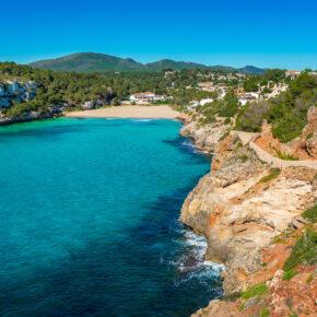 Single Mallorca: 7 Tage im 4* Hotel mit Halbpension, Flug & Transfer nur 462€