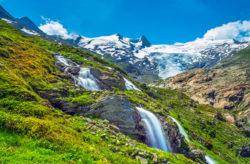 Wochenende in Österreich: 3 Tage Tirol im 3* Hotel mit Naturpool, Wellnessbereich & Halbpen...