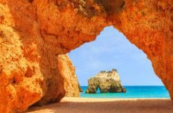 In Portugal am Traumstrand: 8 Tage Algarve mit 3* Hotel & Flug nur 134€