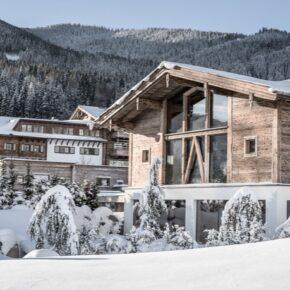 Wellness im Salzburger Land: 2 Tage im TOP 4.5* Chalet mit Frühstück & Extras ab 130€