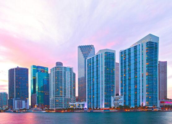 USA Florida Miami Skyline Abends