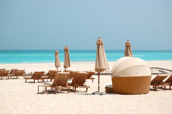 VAE Abu Dhabi Luxusstrand