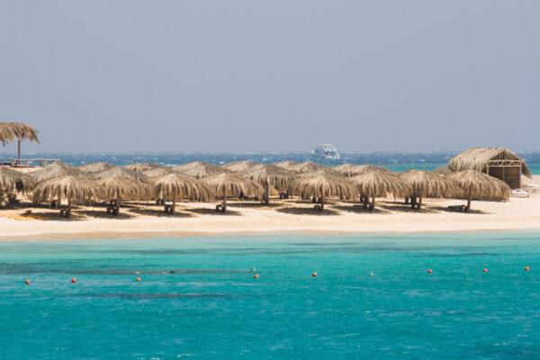 Ägypten Strand Sonnenschirme