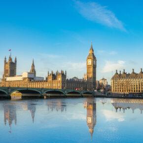 London-Kracher: 3 Tage im zentralen TOP 4* Hotel mit Flug für 90€