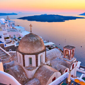 Inselurlaub Griechenland: 8 Tage Santorini im 4* Hotel inkl. Flug nur 278€