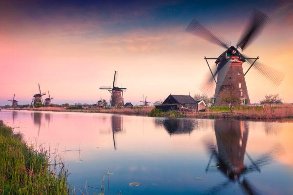 Holland Den Haag Windmuehlen