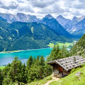 Achensee in Österreich: 2 Tage im neuen TOP 4* Hotel mit Frühstück & Extras nur 66€