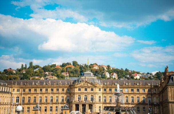 Stuttgart Neues Schloss Blick