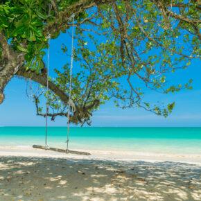 Phuket, Khao Lak & Khao Sok: 11 Tage mit 5* Hotels, Frühstück, Flug, Transfer & Zug ab 2078€