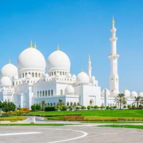 Familienurlaub: 7 Tage Abu Dhabi im TOP 4* Hotel mit Frühstück, Flug, Transfer & Zug nur 319€